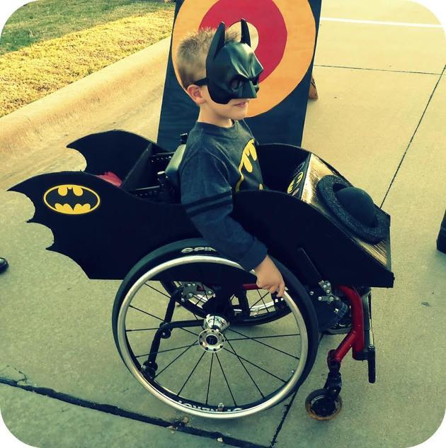 fantasias-usando-cadeiras-de-rodas-10