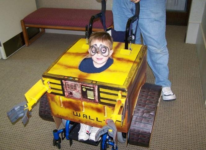fantasias-usando-cadeiras-de-rodas-13