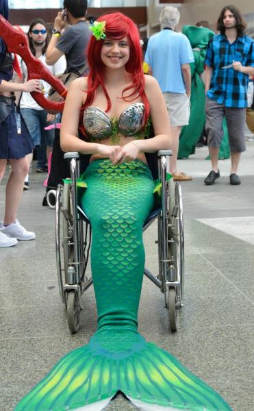 fantasias-usando-cadeiras-de-rodas-3