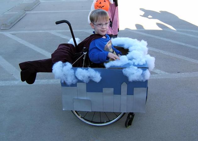 fantasias-usando-cadeiras-de-rodas-9